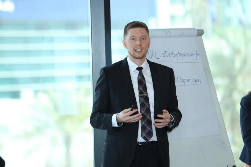 TOPSIM – Startup im Startup Hub in Dubai