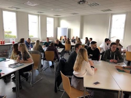 Studenten bei der International Business Week Zweibrücken